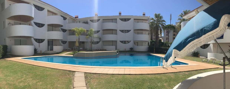 Vista varanda - acesso directo à piscina