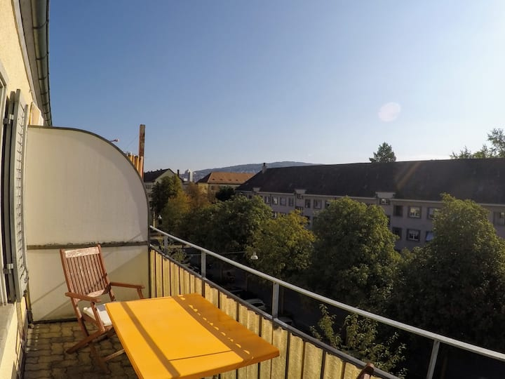 Comfortable (1BR) Apartment in the heart of Zurich
