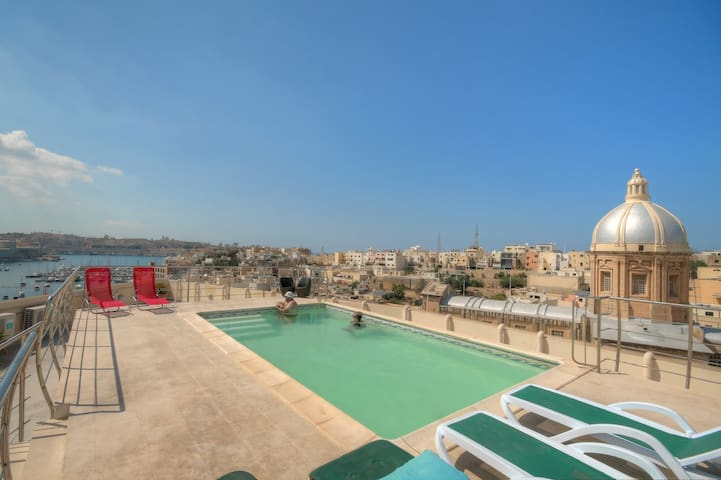 Upper View Point - with Roof Top Pool