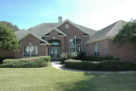 Gated Golf FLorida Villa Pool - Jacksonville