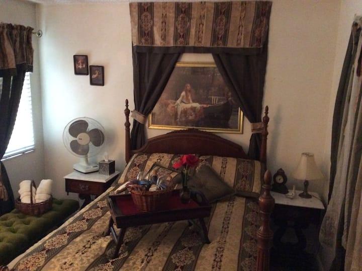 Cozy room#1 Bottlerock /NapaFilmFestival