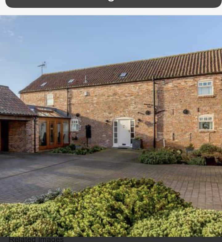 Lovely Barn Conversion near York, for 8 Guests