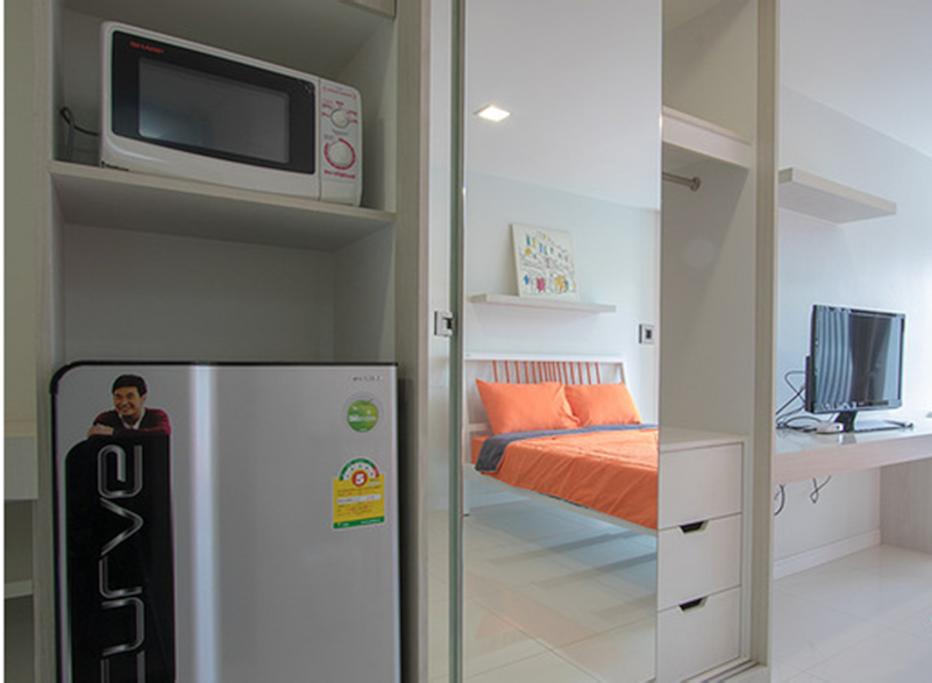 Room interior - 02
