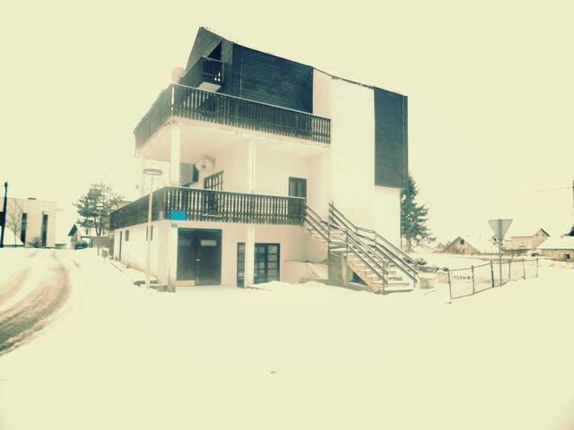Family house in center of Kupres