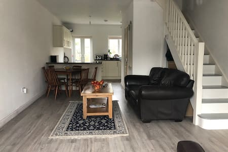 Lodgers wanted ** BRAND NEW ** furnished house**