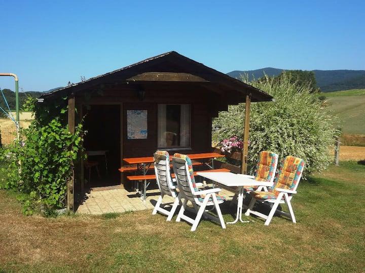Landurlaub Eichinger (Thurmansbang), 4* Ferienwohnung Schwalbennest mit Balkon und großer Terrasse
