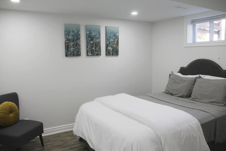 Modern Apartment - Easy Access to Downtown Toronto