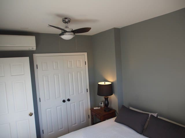 Front Bedroom w/Queen Bed and A/C
