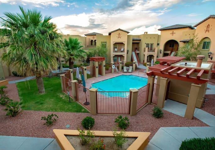 Luxury 2BR-2Bath in Mesilla w/ Pool
