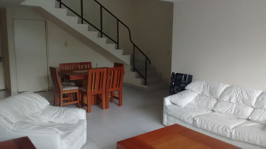 Penthouse de 200 m² cerca de Perisur y Unam