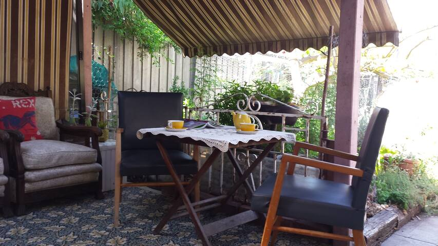Quiet, leafy sanctuary in Brunswick - Brunswick East - Casa