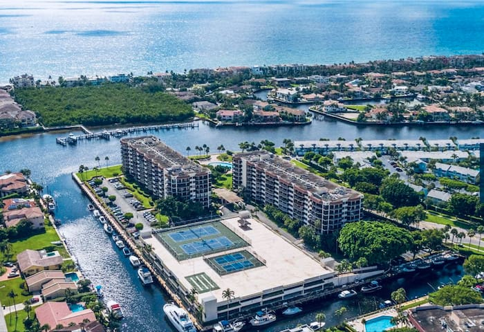Resort Living in Boca Raton