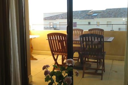 Appartement avec terrasse et garage Sud Lubéron - Cadenet
