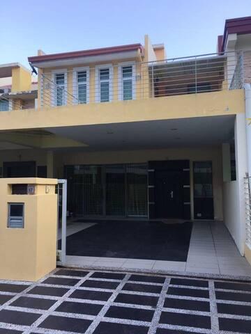 CK's Homestay - Kota Kinabalu - Hus