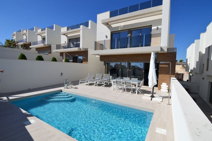 Modern Villa in Orihuela with Private Pool