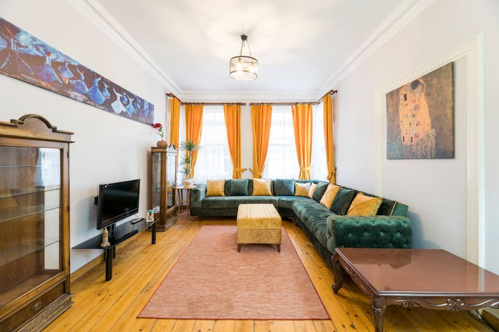 ★50m to Galata Tower★3BR★1st Floor★Great Location
