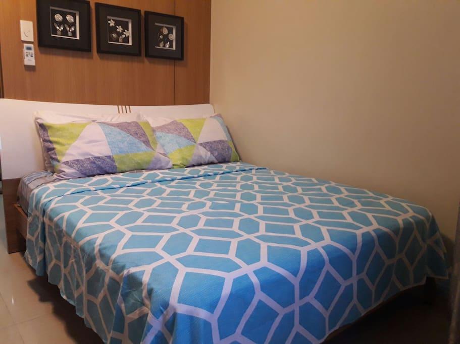 10 inch of comfort queen size bed