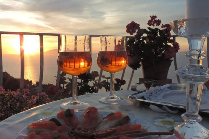 B&B - Il Bacio di Capri (Sea and Sunset View) - Anacapri - Bed & Breakfast