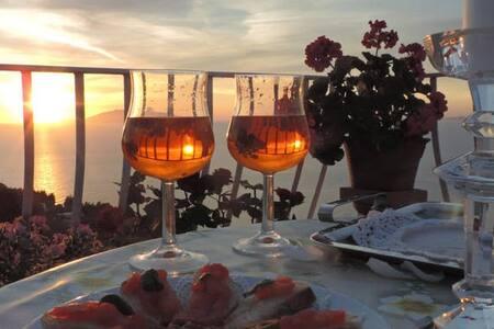 B&B - Il Bacio di Capri (Sea and Sunset View) - 阿纳卡普里 - 住宿加早餐