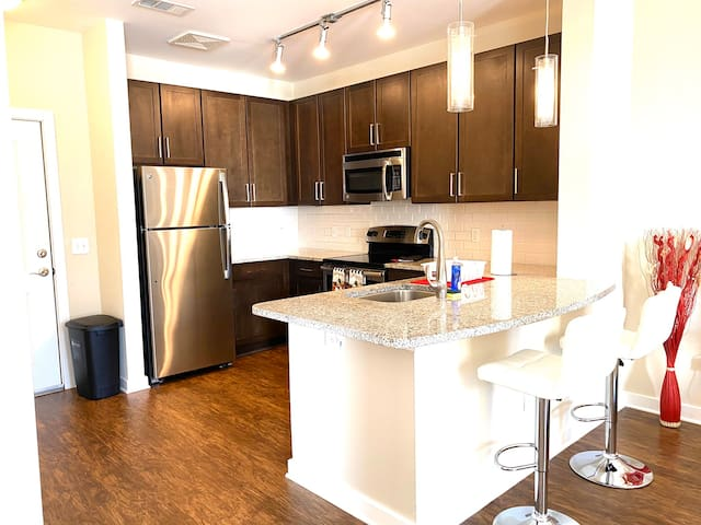 MODERN APARTMENT CLOSE ATL BRAVES STADIUM