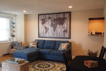 Great condo at the heart of downtown - Sleeps 4