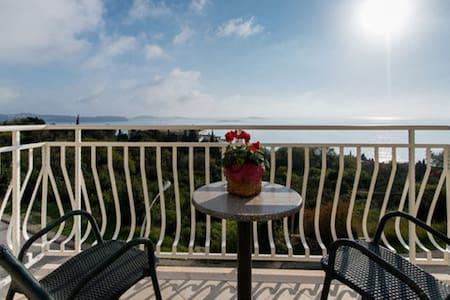 Villa Samba - Apartment with Balcony Apt. 6 - Plat