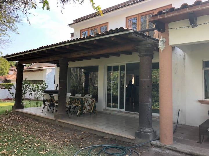 Casa con vista al lago, en Club de Golf San Gil