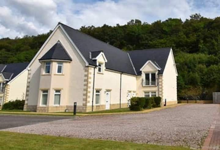Conaglen,  Glenloch View, Fort William, 2-Bed Flat