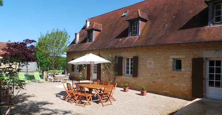 "Holiday accommodation in the ""Périgord noir"""