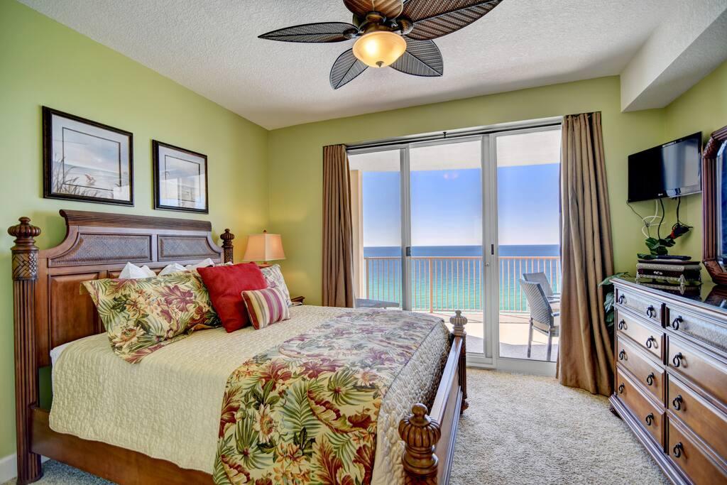 Ocean Views Free Beach Chair Service Condominiums For Rent In Panama City Beach