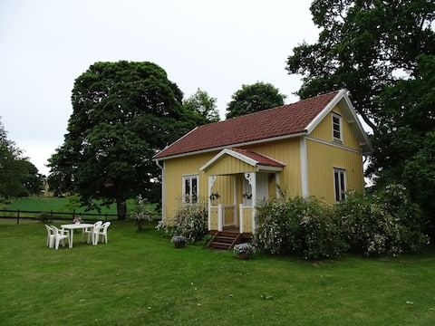 Beautiful country-side cottage