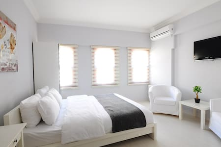 Bright studio, near to the square - Istanbul - Boutique hotel