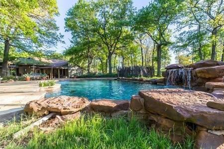 Sparrow Ranch Retreat