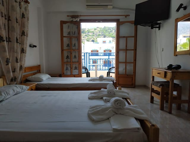 George Apartments Stalis for 3 people