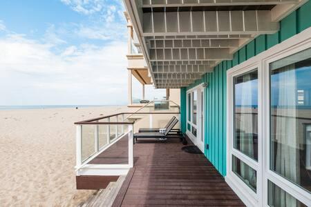 Modern Beach Front Bungalow