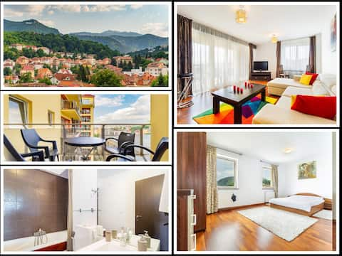 Spacious & Quiet Ap★Mountain views★Central★Balcony