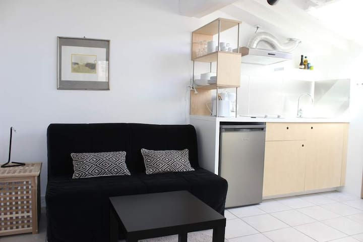 Cosy studio flat near the sea - La Ciotat - Lakás