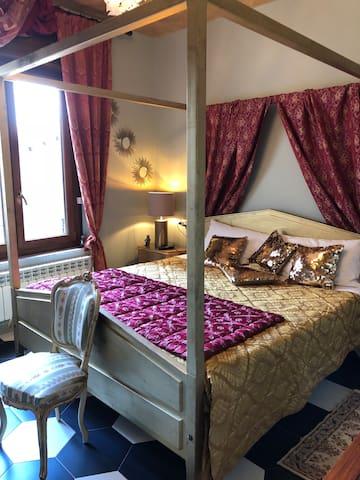 """Lussuoso Palazzo d'epoca """"DIMORA DEL PODESTA'"""""""