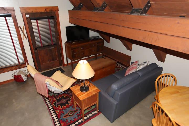 Alpina Mine Studio Apartment
