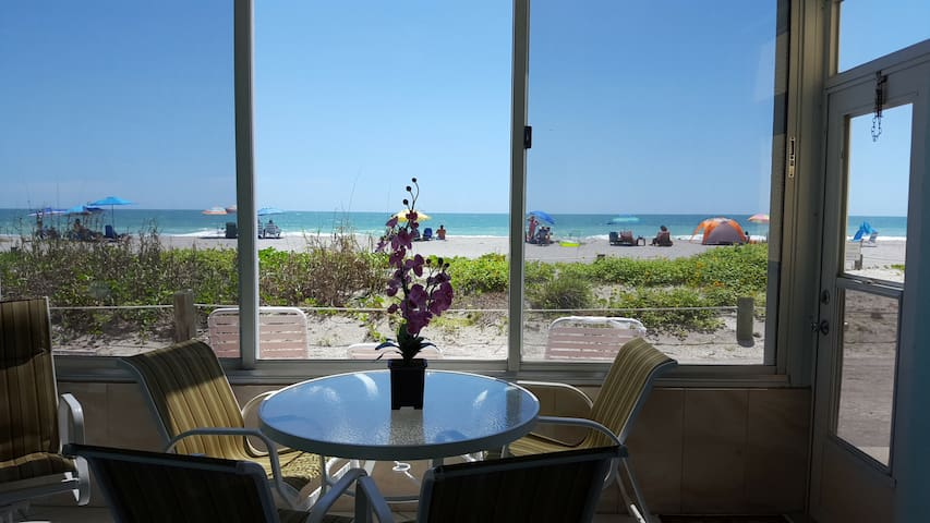 Siesta Key condo  on the beach,  boat dock, A102