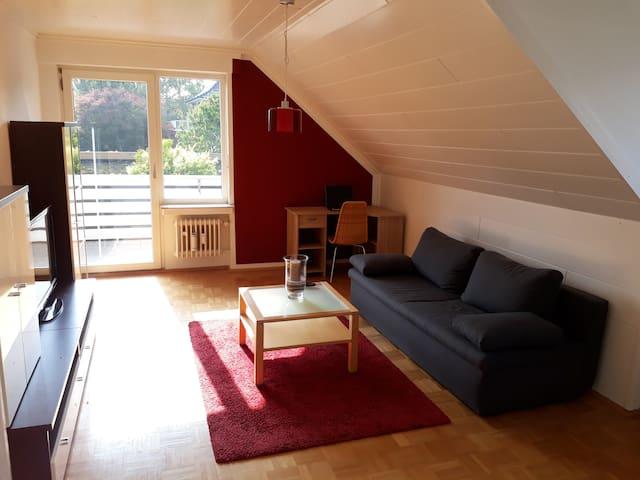 Helle Wohnung in ruhiger Lage mit großem Balkon