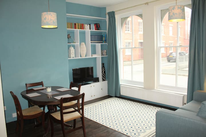 Smart Flat in centre of Oswestry