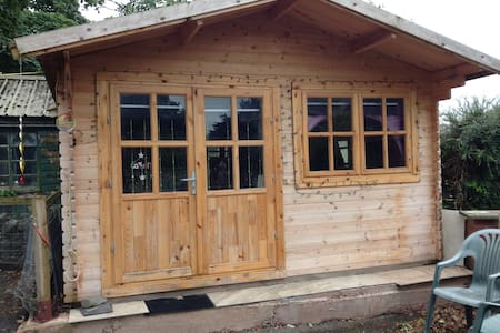 Quirky little cabin in a quiet location - Dalton-in-Furness - Cabin