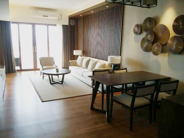 巽寮湾海公园高层正面海景两房一厅豪华装修