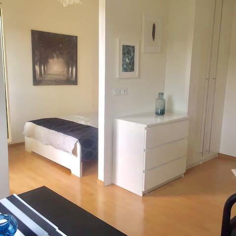 2 Stilvolle  Wohnung in zentraler Lage
