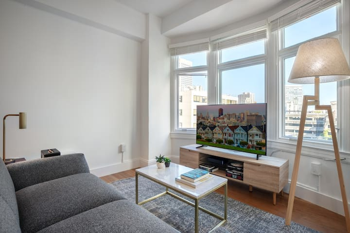 Lux Nob Hill 1BR w/ W/D + City View 7 mins to Union Square by Blueground