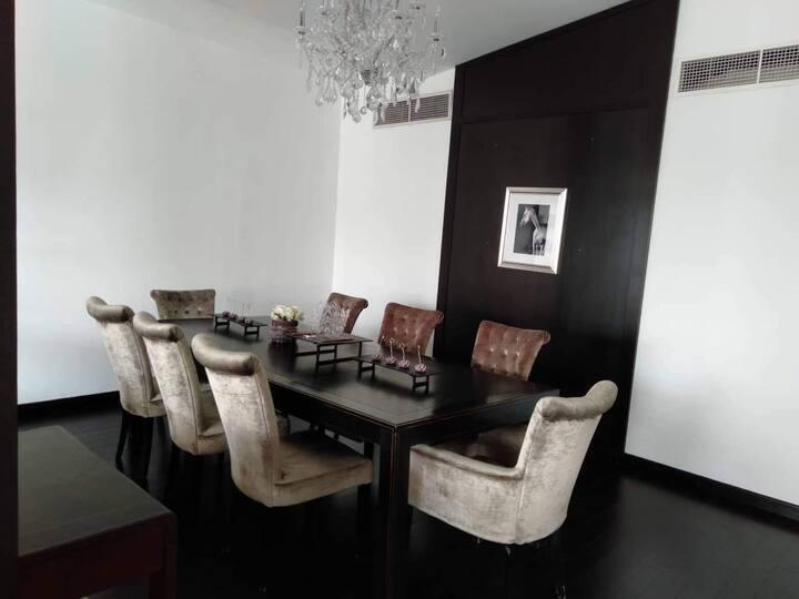 Luxury 2BR Villa on Jumeira near to La Mer Beach