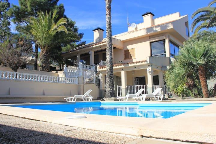 Villa Teresita High Views with private pool