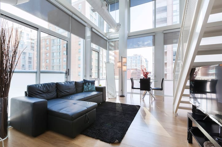 Downtown 2-Level Beautiful Artist Loft
