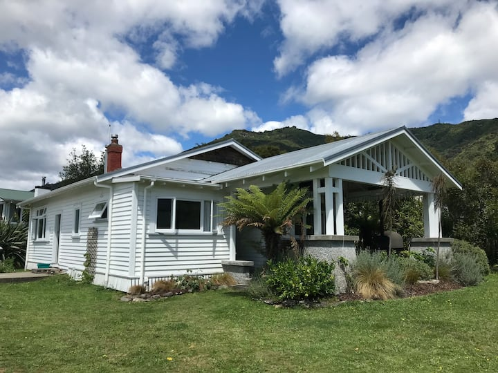 Character House in Marlborough Sounds